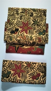インドネシアの更紗の帯・ピリッと赤